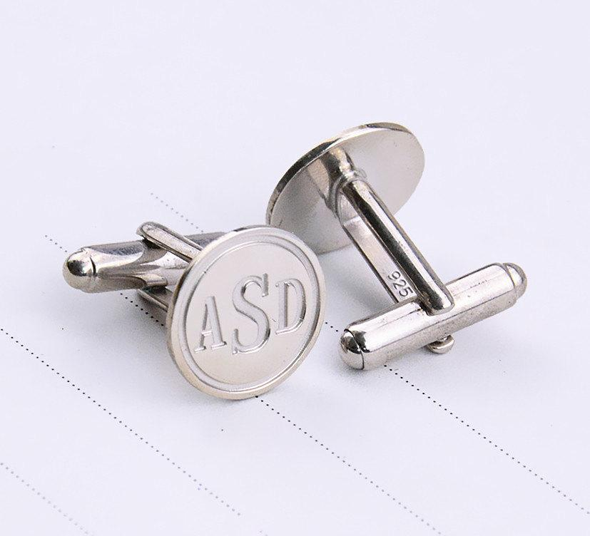 Hochzeit - Silver Initials Cufflinks,Personalized Monogrammed Cufflinks,Wedding Cufflinks,Engraved Groom Cufflinks,Men Gift