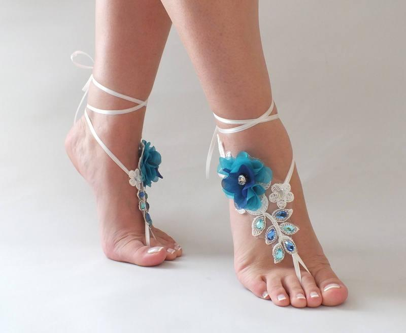 Hochzeit - Lace Barefoot Sandals Ivory peacock Barefoot Sandals peacock flowers rhinestone beach wedding barefoot sandals Beach footless sandles - $37.90 USD