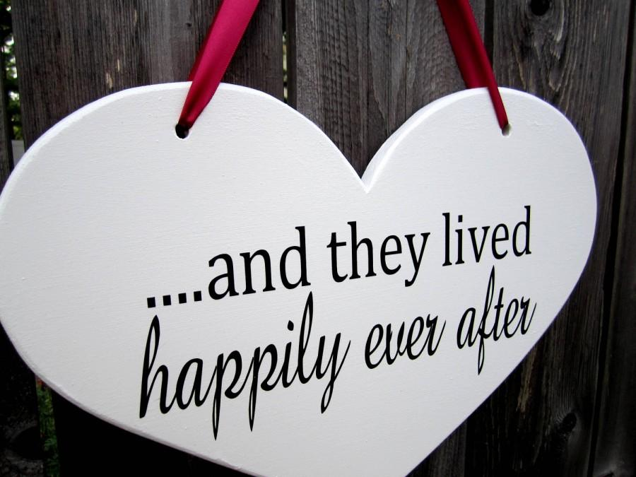 """Mariage - 10"""" x 15"""" Wooden Heart Wedding Sign:  Double Sided  .....and they lived happily ever after & here comes the bride"""