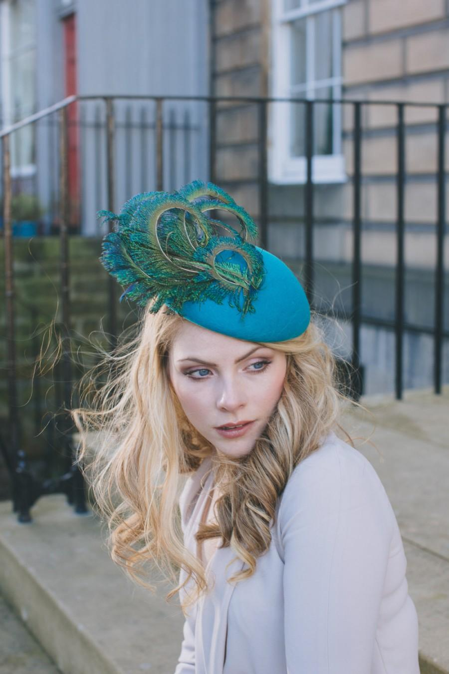 Hochzeit - Turquoise/jade/blue felt and peacock feather percher hat for wedding guest or Ascot races.