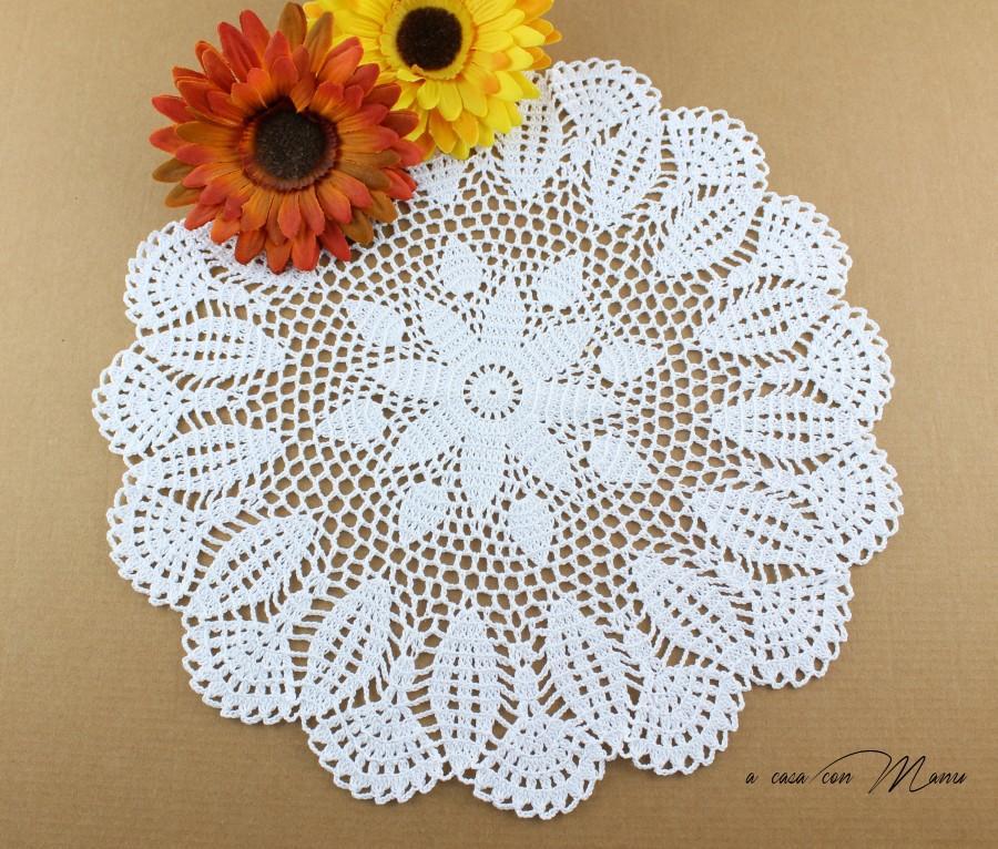 Wedding - Centrino a uncinetto, doily crocheted, centrino bianco, white doily, regali per le nozze, centrino rotondo, doily round,  handmade