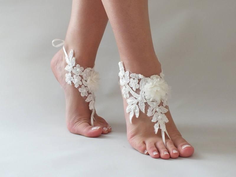 Hochzeit - Beach wedding Barefoot Sandals İvory Wedding Barefoot Sandals, Lace Barefoot Sandals, Bridal Lace Shoes, Floral Shoes, Anklet, Bridesmaid - $26.90 USD