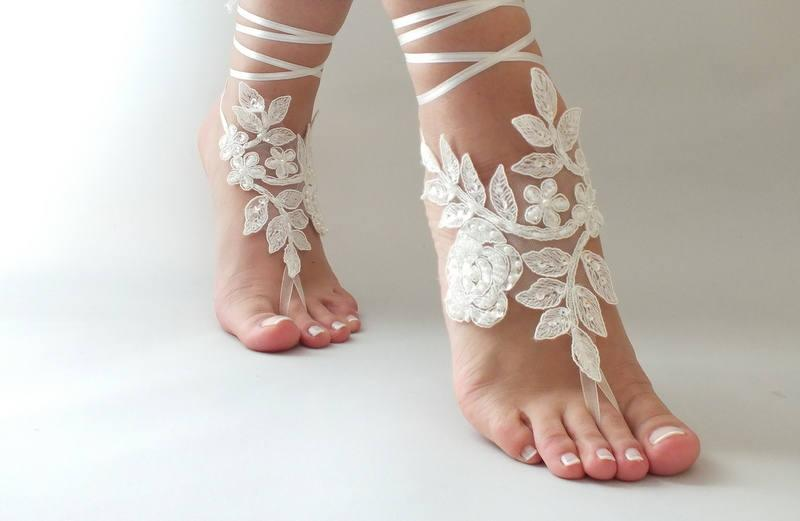 Wedding - Ivory Beach wedding barefoot sandals, bangle, wedding anklet, FREE SHIP, Bridal Lace Sandals wedding gift bridesmaid sandals Bridal anklet - $25.90 USD