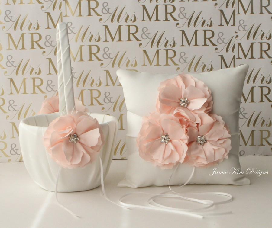 Свадьба - Ring bearer pillow and flower girl basket set