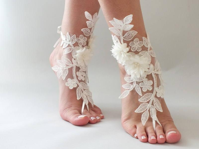 Hochzeit - ivory lace barefoot sandals wedding barefoot , 3D flowers pearl lace sandals Beach wedding barefoot sandals footles sandals bridal accessory - $29.90 USD