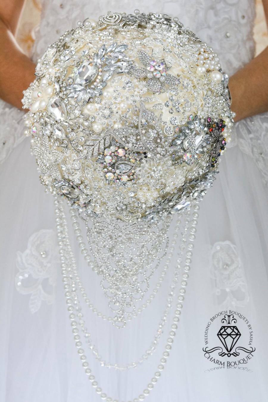 Свадьба - Brooch Bouquet Wedding Bouquet Crystal Bouquet Cascade Brooch Bouquet Bridal Bouquet Bridesmaids Bouquet Jewel  Brooch Bouquets for Brides