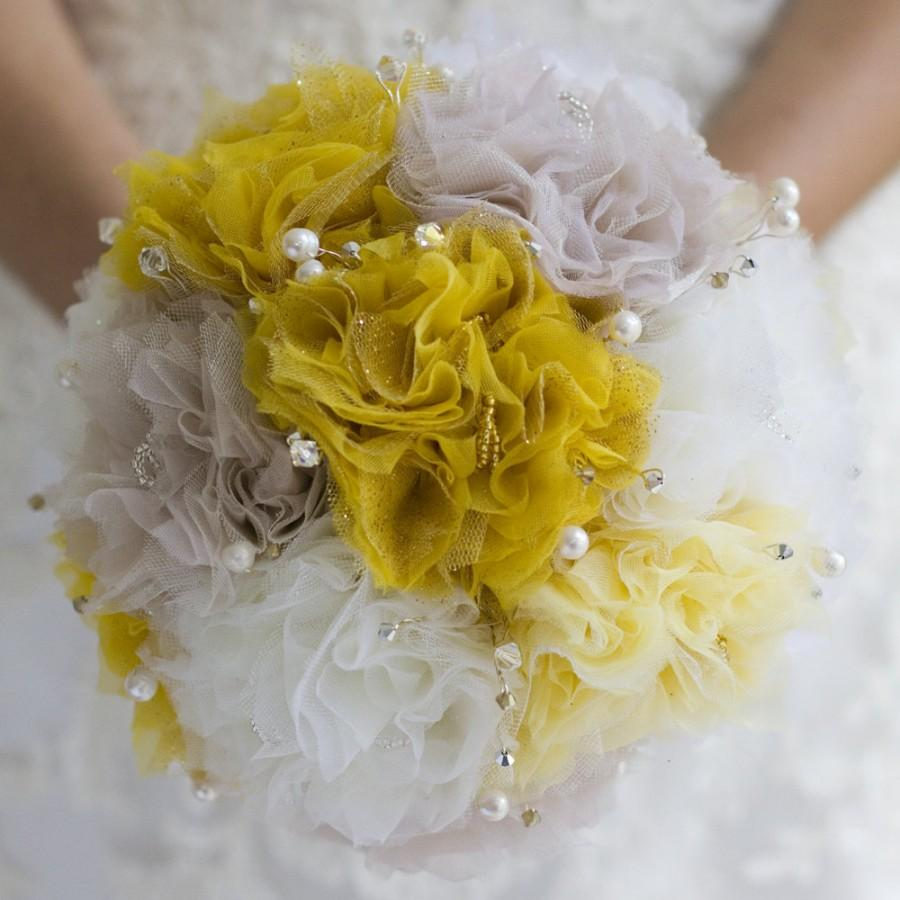 Mariage - Fabric Bridal Wedding Bouquet in 4 hand dyed colours (14 available) with Freshwater Pearls and Czech Crystals DEPOSIT UK Handmade