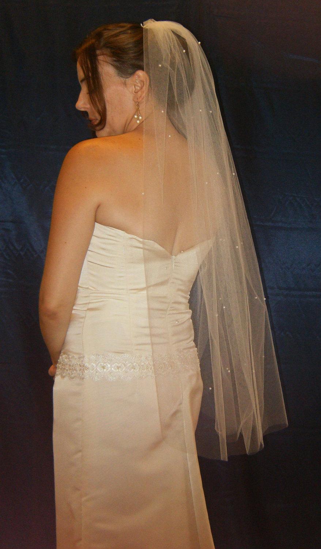 Свадьба - 50% SALE Pearl scattered white bridal wedding fingertip length veil