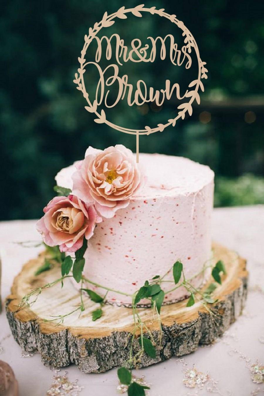Mariage - Wedding Cake Topper Wreath Mr & Mrs   Personalized  Wedding Cake Topper  Wooden Mr and Mrs  Cake Topper Rustic Cake Topper