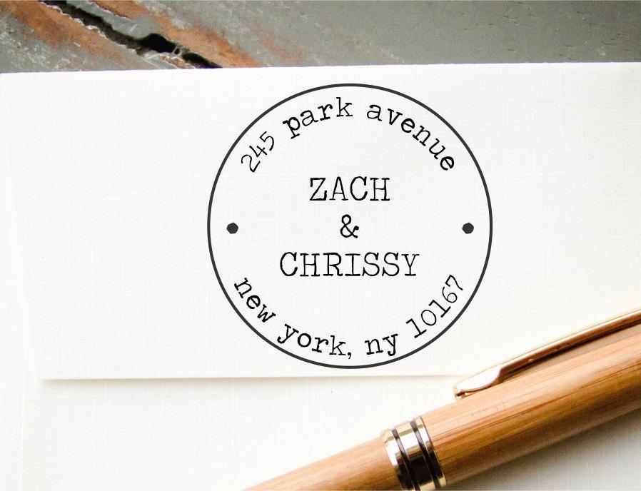 زفاف - Self Inking Address Stamp, Personalized Address Stamp, Custom Stamp, Return Address Stamp, Old Typewriter Font, Round Postage Stamp Look