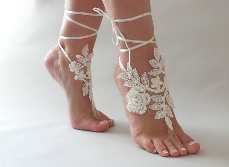 Mariage - Beach wedding Barefoot Sandals Ivory White Pearl Hand process Lace Barefoot Sandals, Bridal Lace Sandals, Bridal Lace Shoes, French lace - $25.90 USD