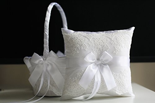 Mariage - White Ring Bearer Pillow & White Flower Girl Basket  White wedding pillow   lace wedding basket  Lace Ring holder  Lace Bearer Pillow