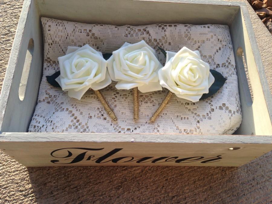 Mariage - Ivory and Gold Boutonniere,  Metallic gold boutonniere, gold wedding boutonniere,mens Wedding Boutonniere,B006