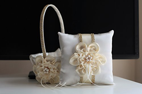 Mariage - Ivory Ring Bearer Pillow   Ivory Flower Girl Basket, Gold Wedding Pillow   Ivory Wedding Basket, Ivory Gold Pillow Basket Set, Brooch Bearer