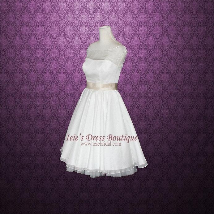 Mariage - Modest Retro 50s Tea Length Wedding Dress with Round Neck Sewn Petticoat