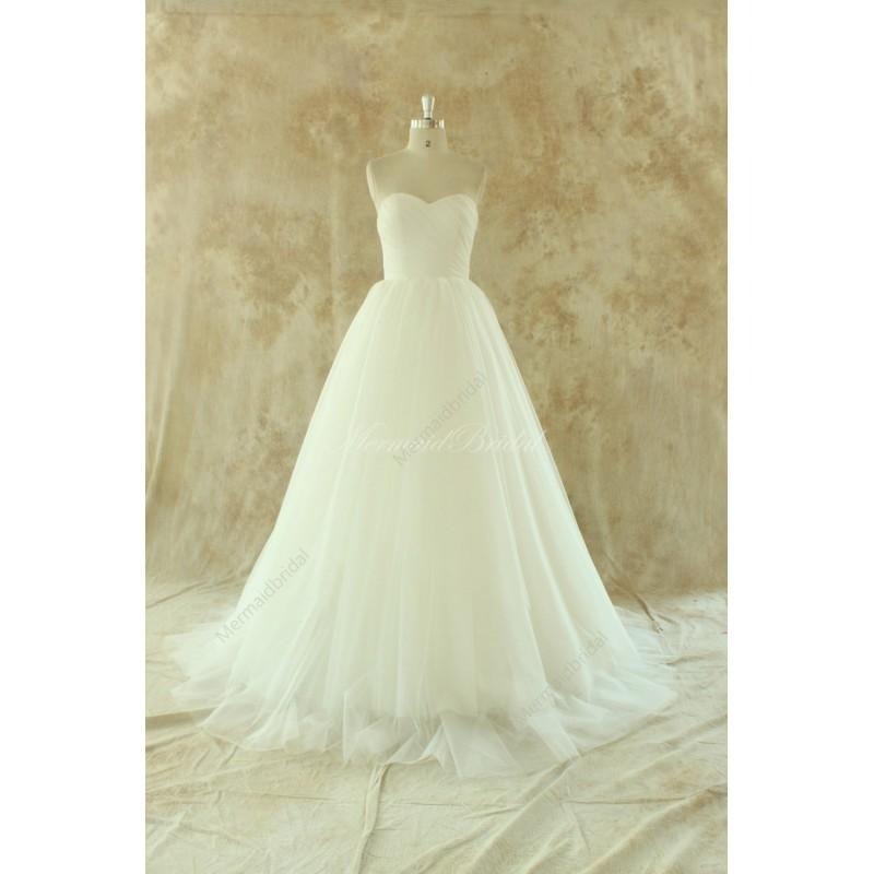 Wedding - Ivory lace A line tulle wedding dress with removable train - Hand-made Beautiful Dresses