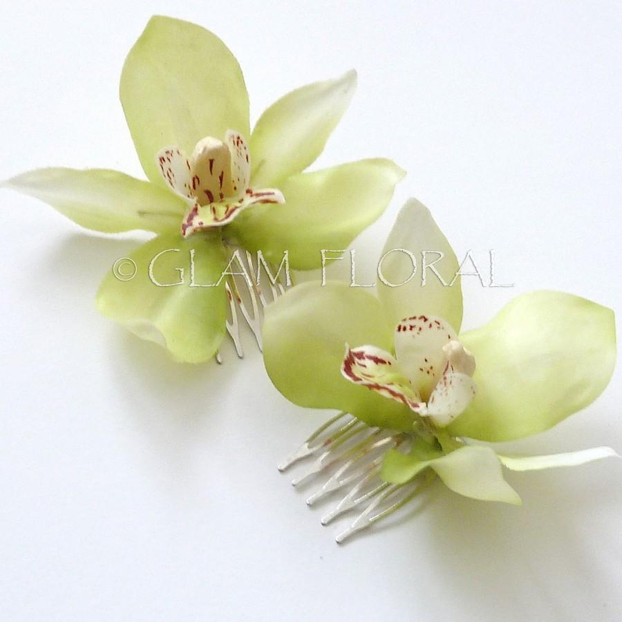 Hochzeit - 2 Cymbidium Orchid Fascinators. Mini Cymbidiums Orchids . Bridal Flower Hair Clips - light lime green,  lavender mauve pink