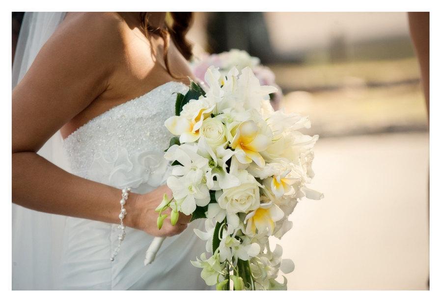 Свадьба - Wedding Charm Bracelet, Pearl Bracelet for the Bride, Bride Bracelet