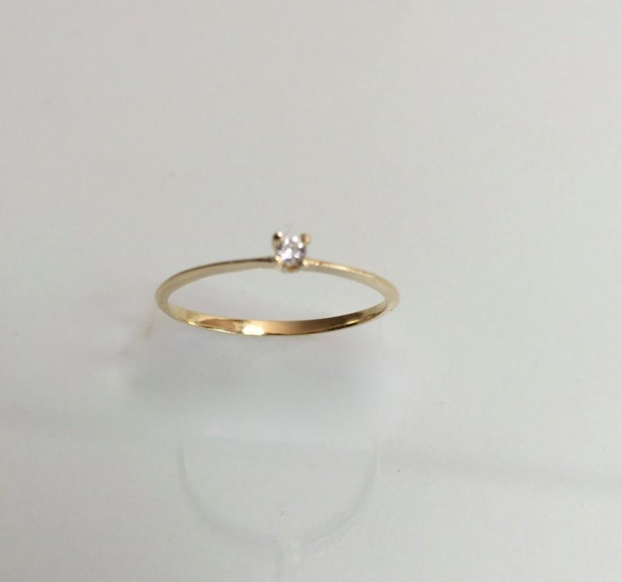 Mariage - Vintage ring, 1980s genuine diamond solitaire engagement  ring, solid 14k yellow gold