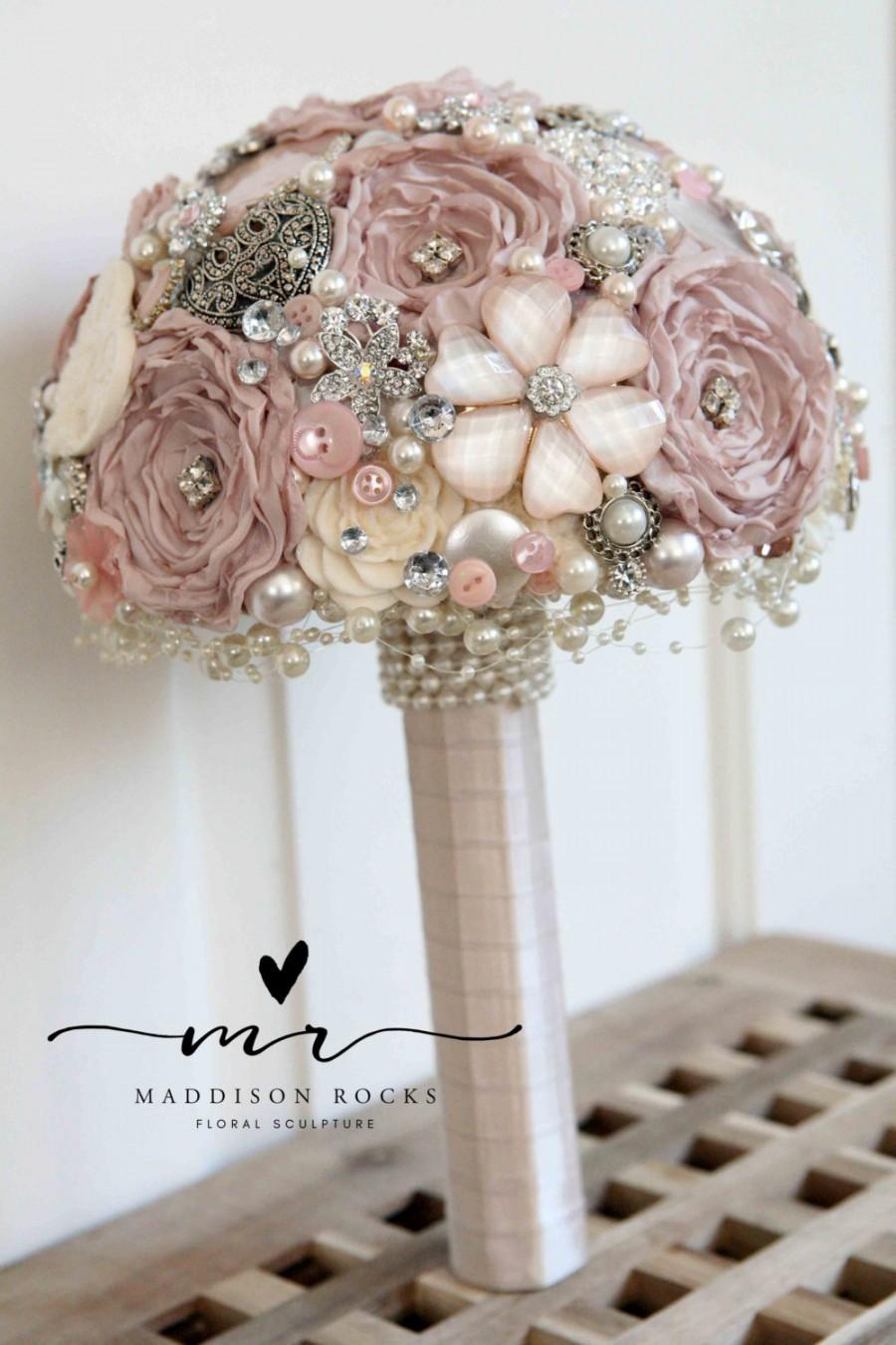 Свадьба - Vintage style shabby chic artificial brooch bridal wedding posie bouquet made to order in pinks