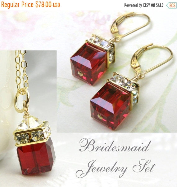 Mariage - Christmas Red Crystal Jewelry Set, Garnet Swarovski Cube, Gold Filled, Bridesmaid Necklace Earrings, January Birthday Gift, Wedding Favor
