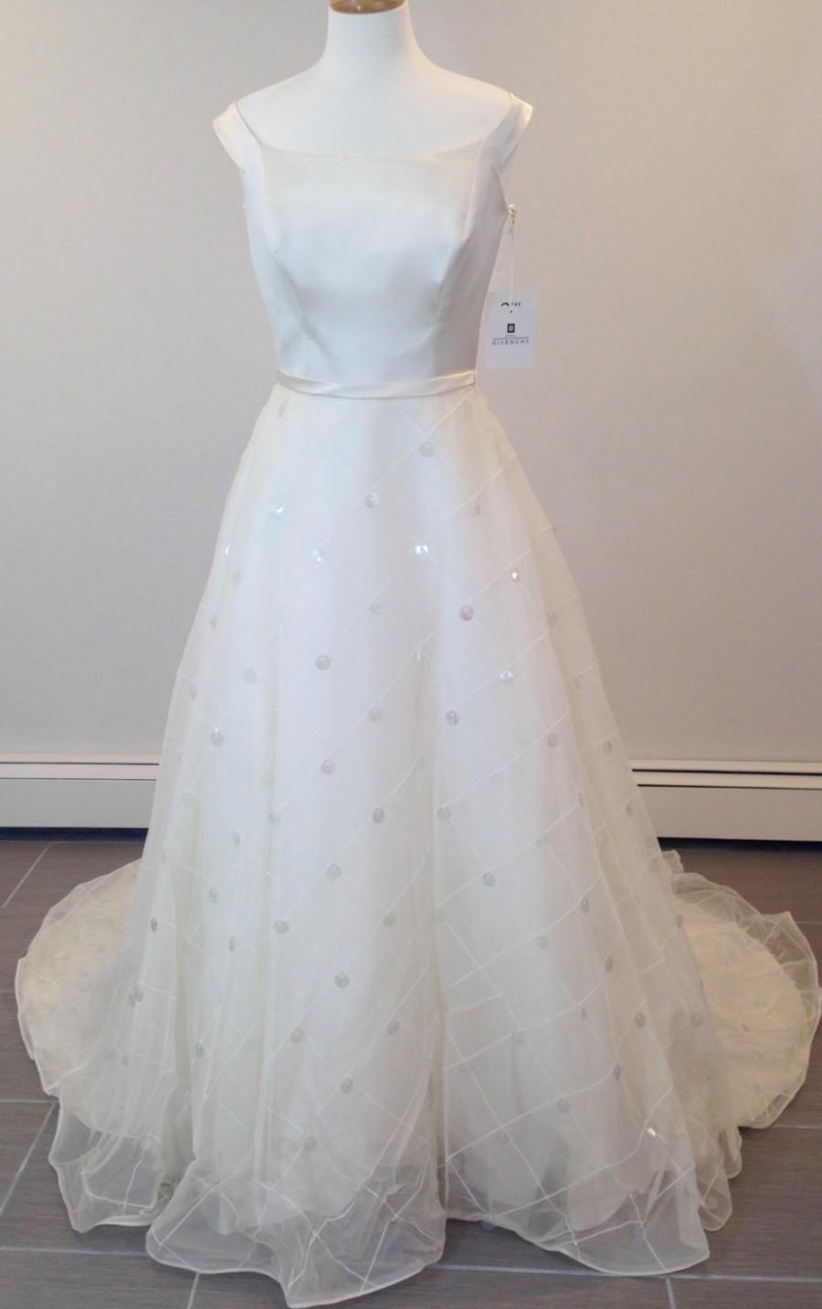 This Is A Beautiful Givenchy Wedding Dress Size 8 #2709810 - Weddbook