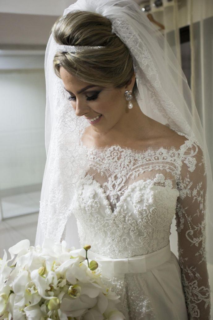 Mariage - Wedding - Bride/ Noiva - Vestido, Sapato, Penteado