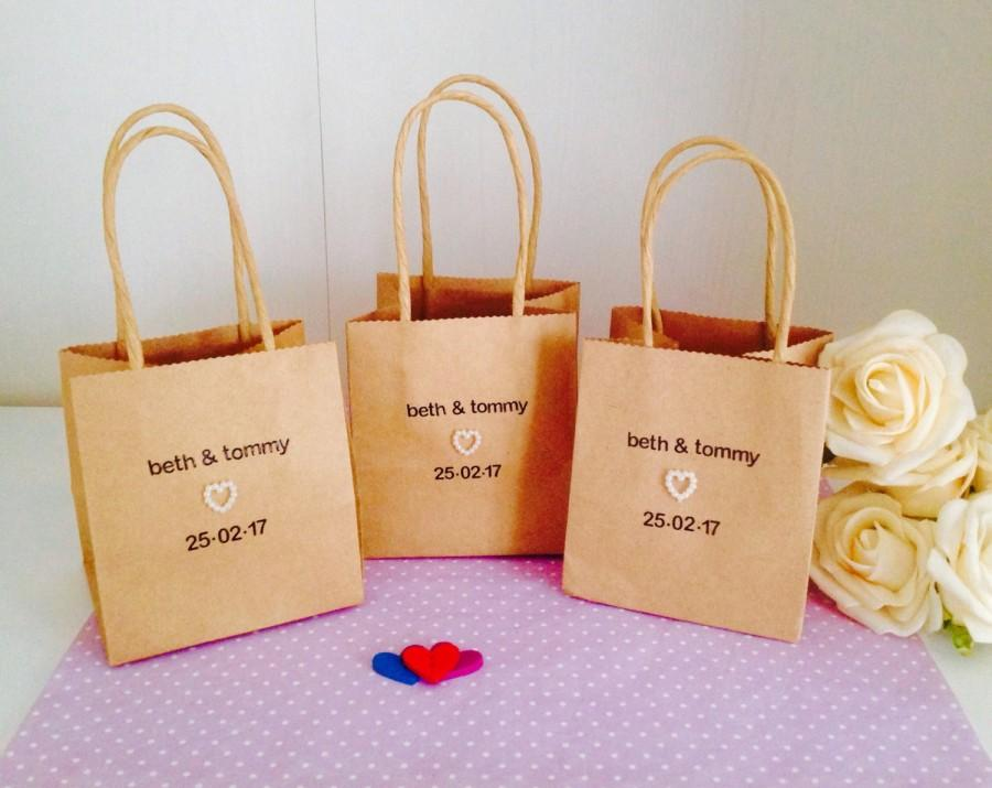 Personalised wedding favour bags packs of 10 handmade wedding personalised wedding favour bags packs of 10 handmade wedding favour bags personalised wedding table decorations junglespirit Image collections