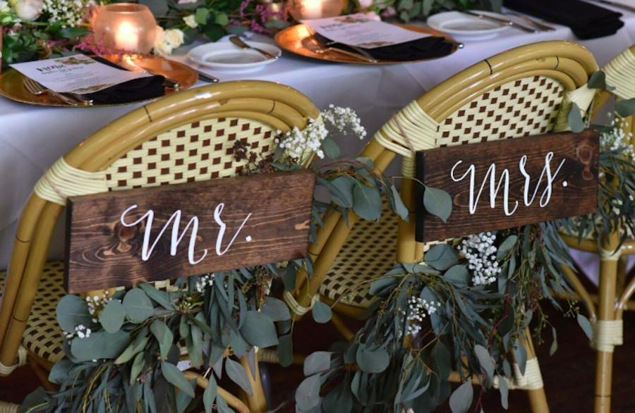 Свадьба - Mr and Mrs Signs, Mr and Mrs Chair Signs, Wooden Wedding Signs, Mr Mrs signs, Mr Mrs chair signs - Sophia Collection