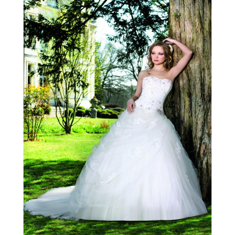 Wedding - Honorable Ball Gown Strapless Beading Lace Sweep/Brush Train Tulle Wedding Dresses - Dressesular.com