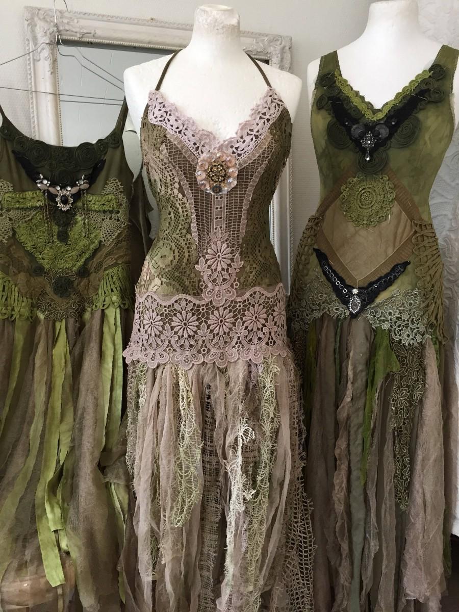 Свадьба - Boho wedding dress green and rose,bridal gown forest look,beach wedding dress elven,open back wedding dress,boho wedding blush,rustic weddin