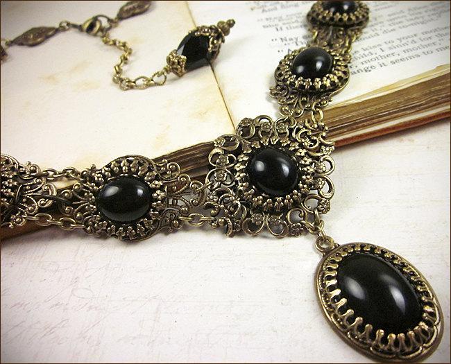 Hochzeit - Black Stone Renaissance Jewelry, Gothic Victorian Necklace, Medieval Wedding, Tudor, SCA Garb, Anne Boleyn, Ren Faire, Choose Your Color