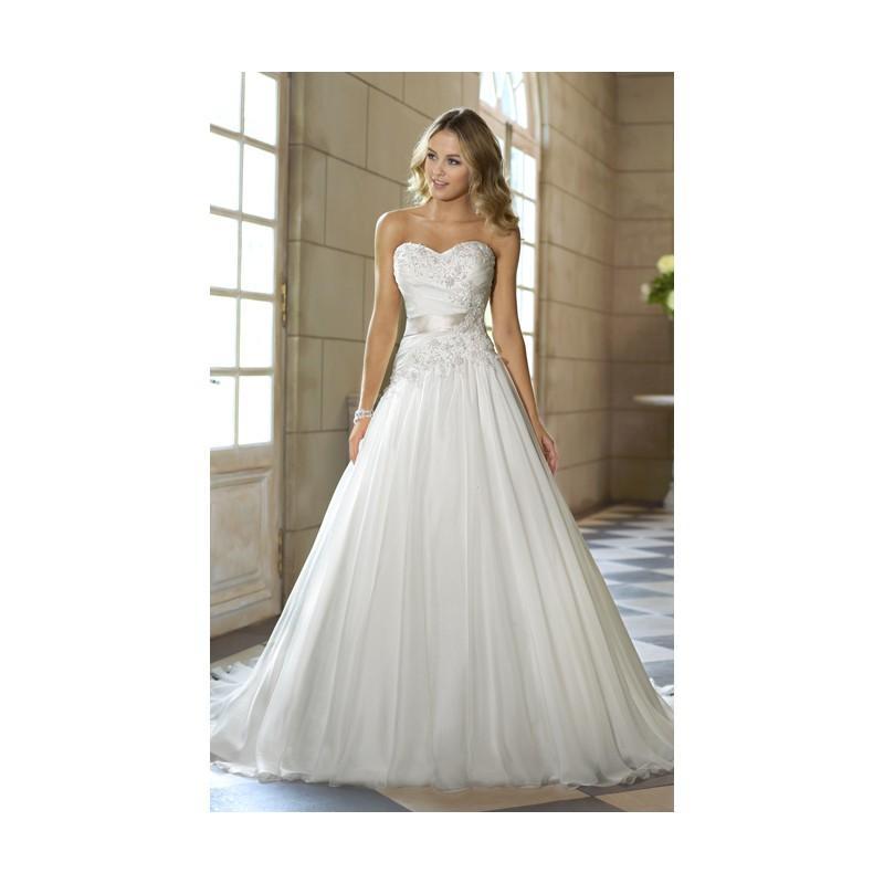 Свадьба - Charming A-line Sweetheart Beading&Sequins Lace Ruching Sweep/Brush Train Chiffon Wedding Dresses - Dressesular.com