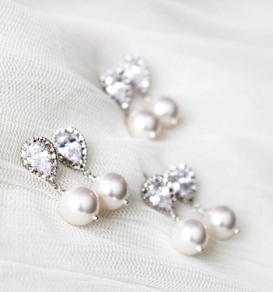 Свадьба - Bridesmaid Earrings Set of 4,5,6,7,8,9,10,11,12 Bridesmaid Gift Set Bridesmaid Jewelry Set Pearl Wedding Jewelry Set Bridal Party Gifts