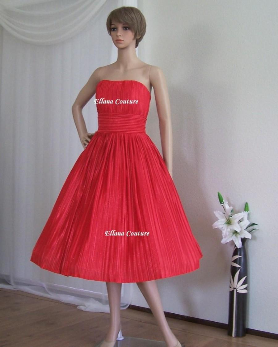 797834c442d8e SAMPLE SALE. Ruby - Vintage Style Tea Length Wedding Dress. #2710735 ...