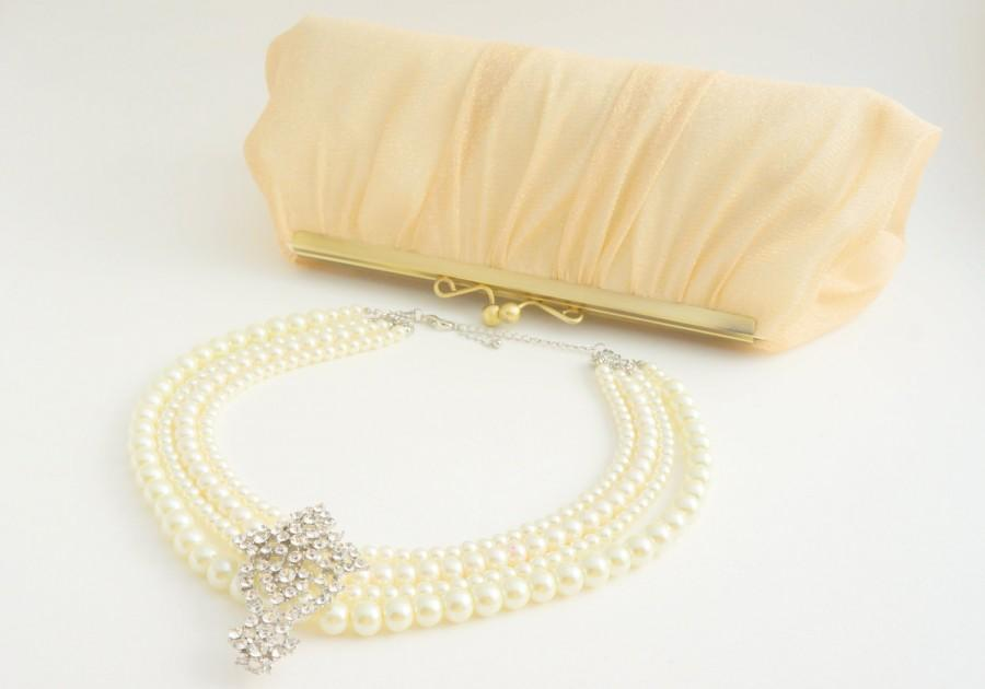 Hochzeit - Romantic Light Gold Champagne Lace Bridal Clutch Purse - Wedding/Evening/Bridesmaid Hand Bag - Includes Crossbody Chain - Ready to Ship