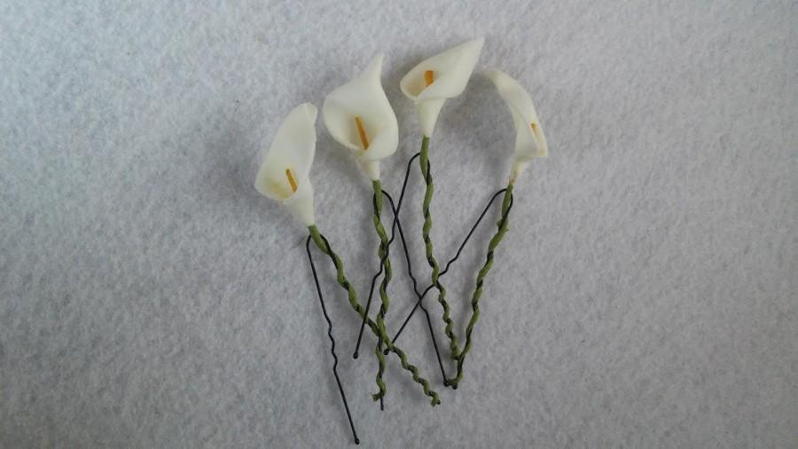 Hochzeit - 10 Wedding Bridal Bridesmaid Calla Lilies Hair Pins Clips.  Hairpins Hair Accessories. Fast from USA