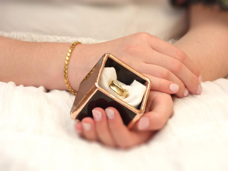 Mariage - Wedding Ring Box. A Black, Prestige Stained Glass Cube Terrarium, Use as a Ring Pillow, Jewelry Box Or a Wedding Ring Holder