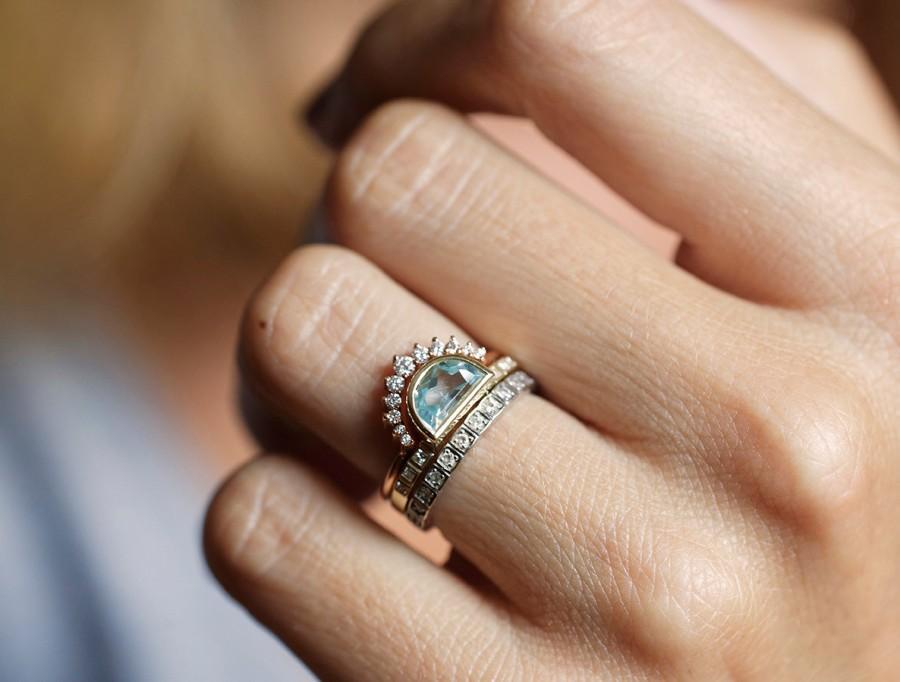 زفاف - Aquamarine ring, Half Moon Aquamarine Ring, Crescent Ring, Blue Engagament Ring, Unique Wedding Ring, Modern Engagement Ring