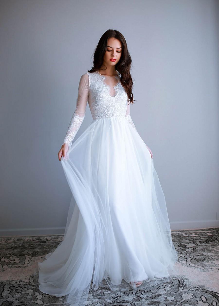 [تصویر:  eyelash-lace-wedding-dress-elegant-weddi...-dress.jpg]
