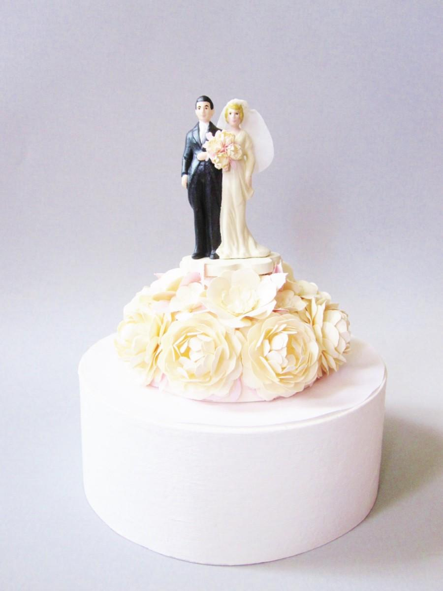 Dekor Vintage Inspired Wedding Cake Topper 2711634 Weddbook