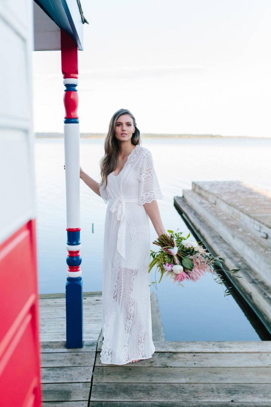 Свадьба - Lace Bridal Robe // Bridesmaid Robes // Robe // Bridal Robe // Bride Robe // Bridal Party Robes // Bridesmaid Gifts //