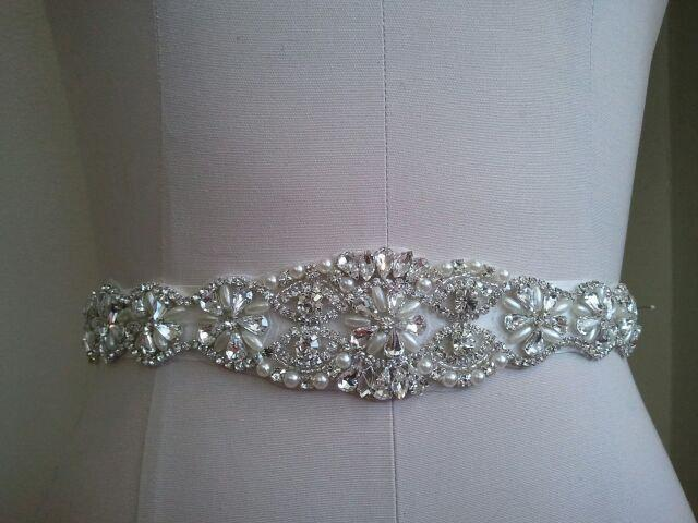 Свадьба - SALE - Wedding Belt, Bridal Belt, Sash Belt, Crystal Rhinestone  & Off White Pearls - Style B800117