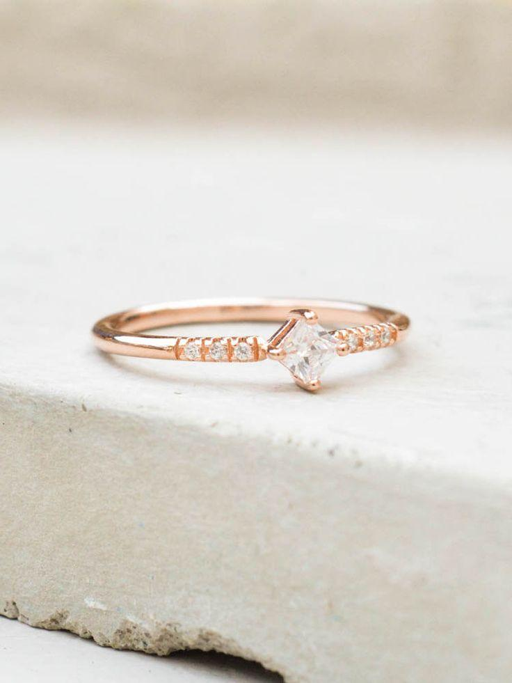 Wedding - Diamond Shaped Ring - Rose Gold