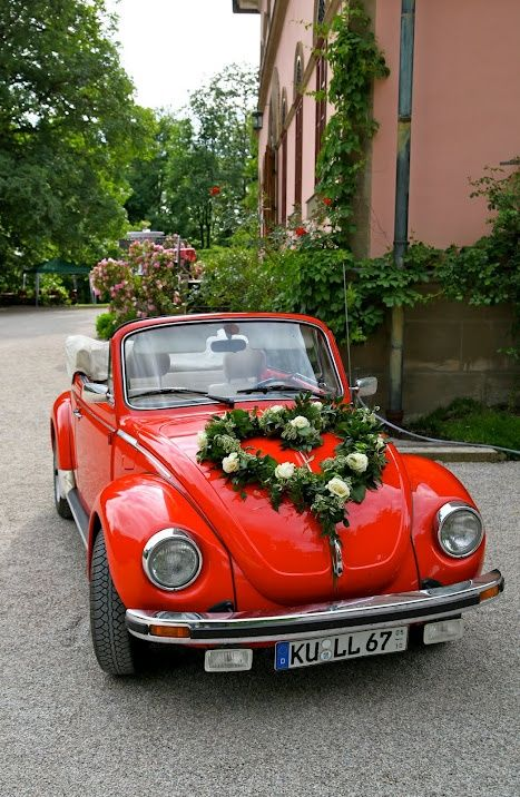 Mariage - 14 Wedding Cars That'll Inspire You To Garland Your Ride