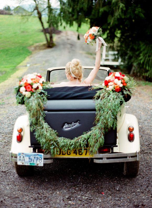 Hochzeit - Inspiration For A Vintage 1930s Wedding