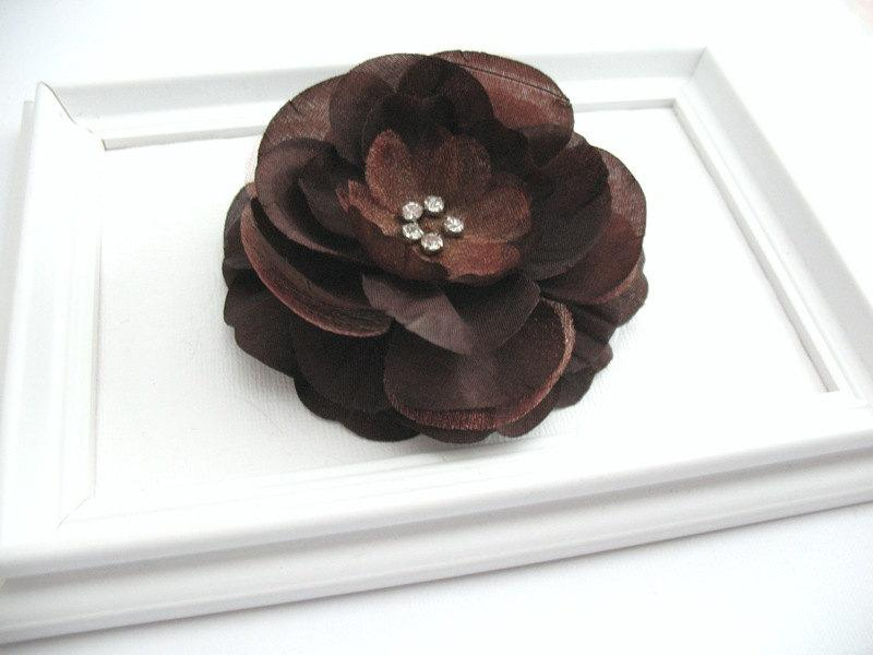 Mariage - Chocolate Brown Flower Hair Clip with Rhinestone Center, Bridal Wedding Hair Accessory, Thanksgiving Brown Hair Clip, Large Flower Hair Clip