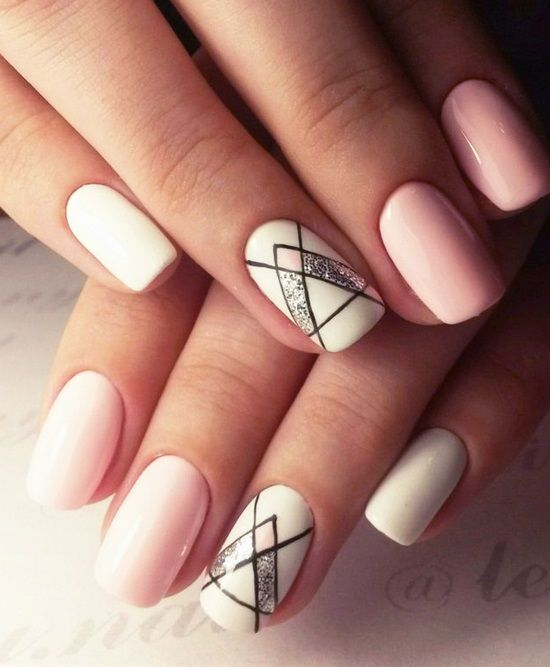 20 Shockingly Simple Geometric Nail Art Ideas You'll Love - 20 Shockingly Simple Geometric Nail Art Ideas You'll Love #2714405