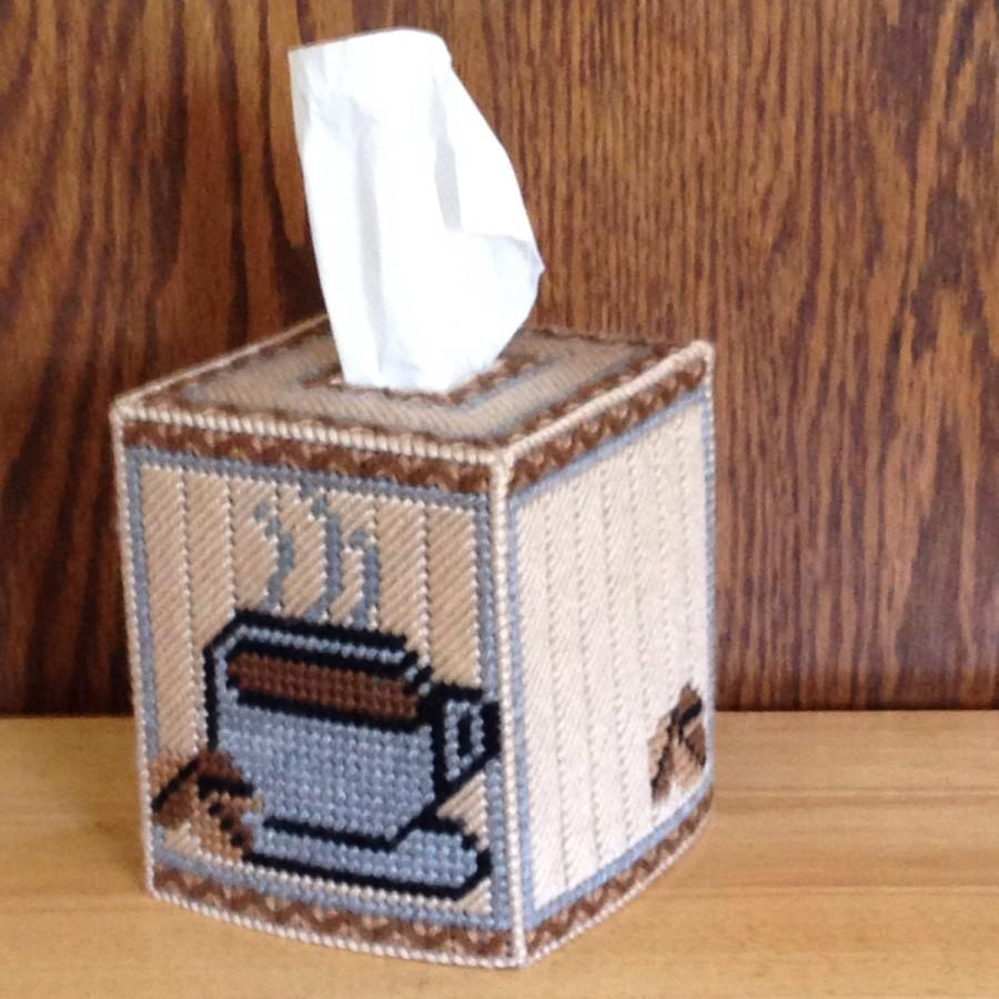Mariage - Coffee Tissue Box Cover, plastic canvas, needlepoint item, Kitchen Décor,  coffee decor,  coffee mug,  coffee cup decor, coffee accessories