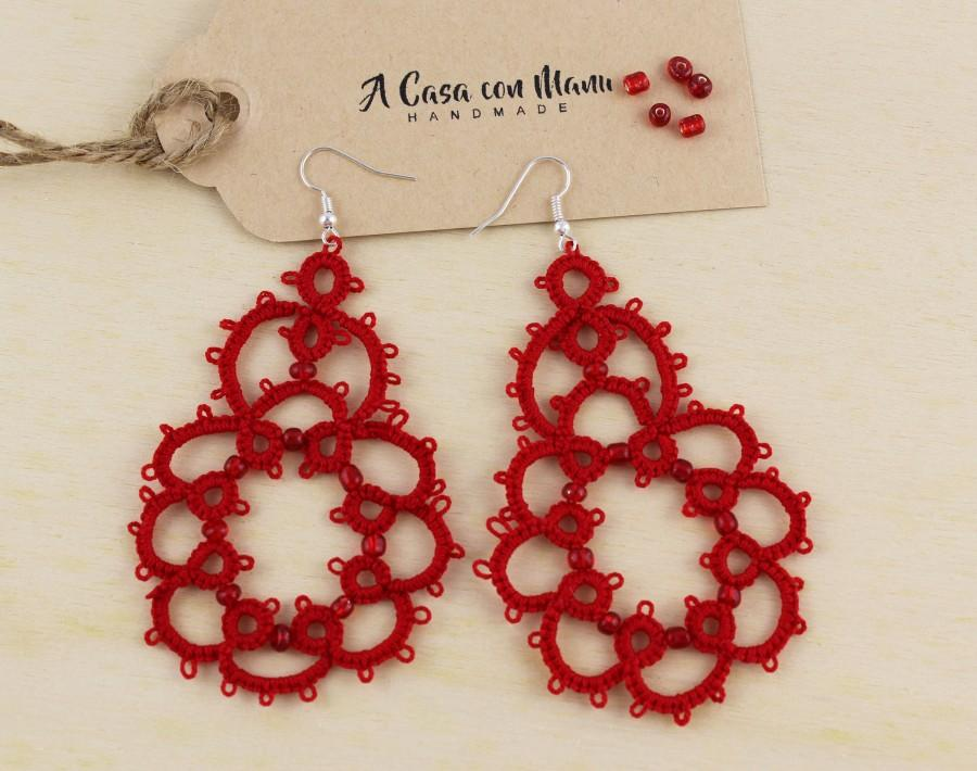 Hochzeit - Orecchini rossi, red earrings, pendant earrings, regali per lei, lace tatting earrings, orecchini in pizzo chiacchierino, handmade in italy